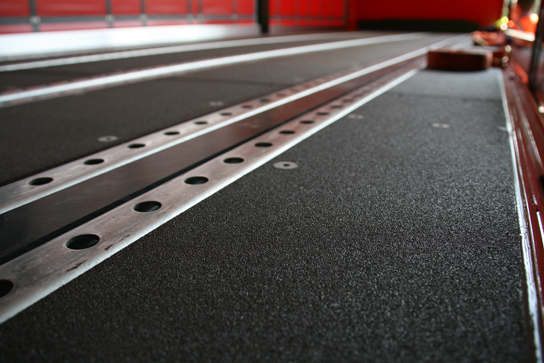 high-friction-trailer-floor-wisa-topgrip